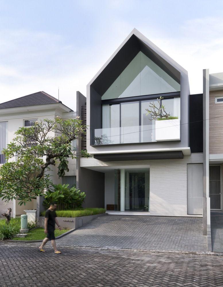 Gallery Of Hhh House Simple Projects Architecture 37 Arsitektur Kontemporer Arsitektur Rumah Desain Eksterior