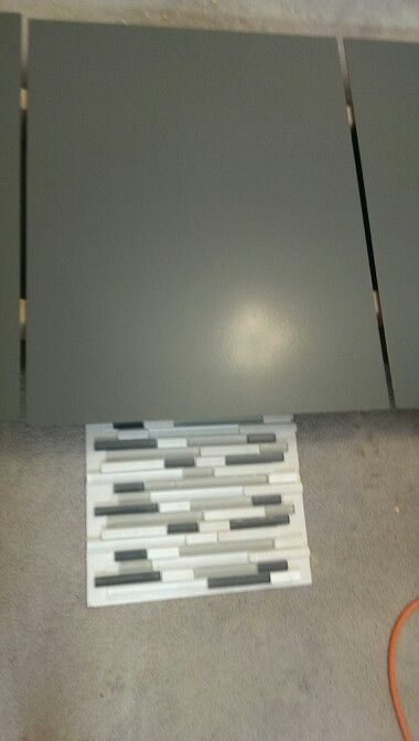 Best Cabinet Doors Grizzle Gray Sherwin Williams Back Splash 400 x 300