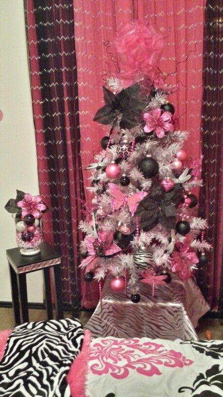 Pink Black And White 4 Ft Christmas Tree I Did For 2017