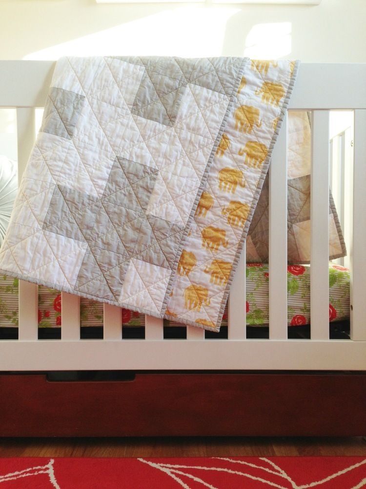 grey + white plus sign toddler quilt [elephants]