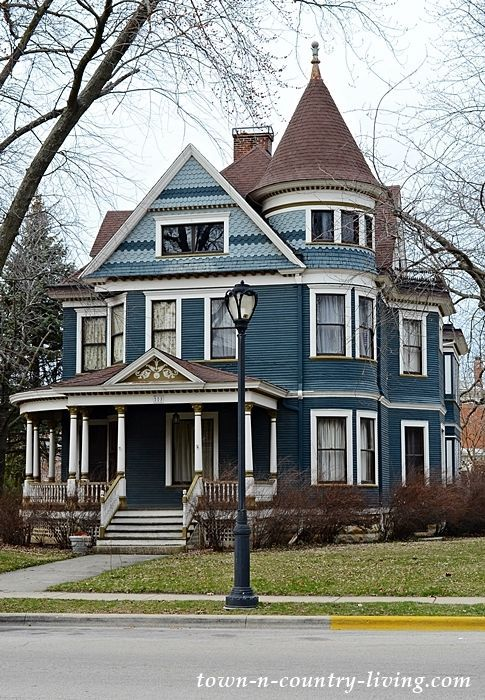 Aurora Historic District: Residential Walking Tour - Town & Country Living