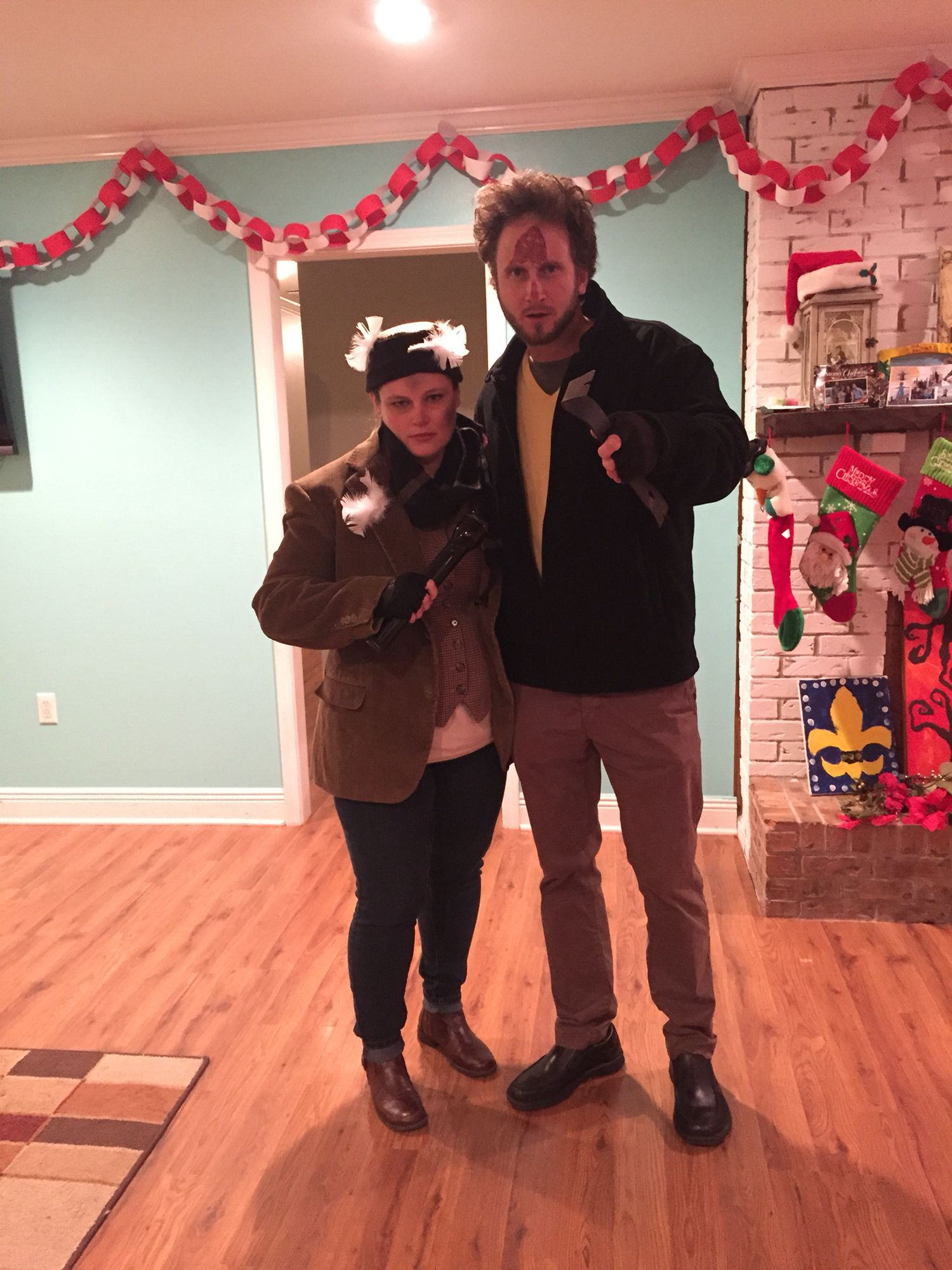 Adult couple costume party christmas movie theme harry for Home alone theme decorations