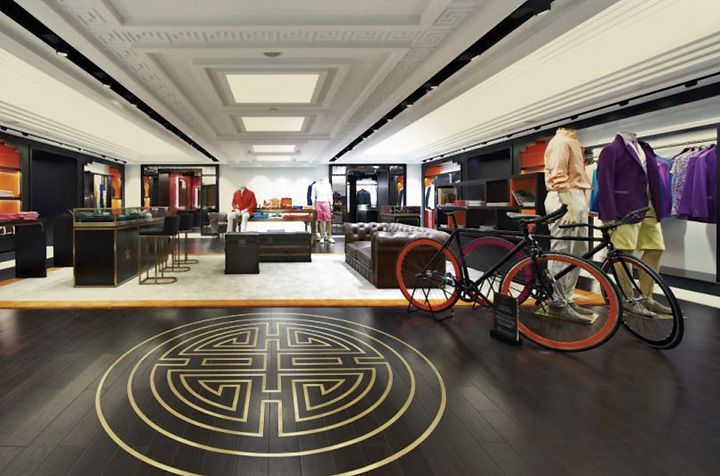 Shanghai Tang Mansion flagship store by Design MVW, Hong Kong store design  #www.instorevoyage.com #in-store marketing #visual merchandising