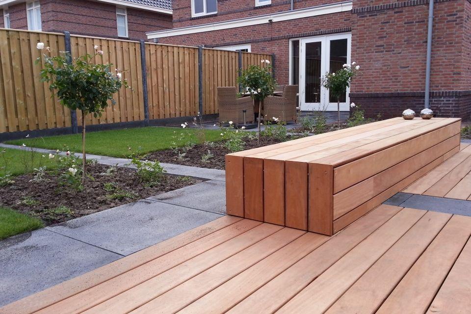 Hardhouten vlonder en bank google zoeken tuin idee n pinterest tuinen net en doors - Bank terras hout ...
