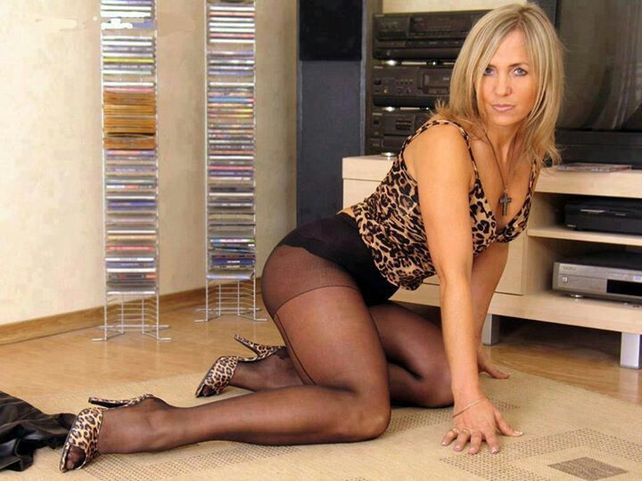 Mature Lingerie Pantyhose Stockings 58