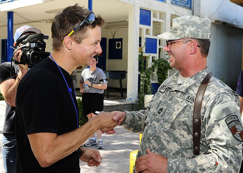 File:Jeremy Renner visits coalition servicemembers in Afghanistan (4741575205).jpg