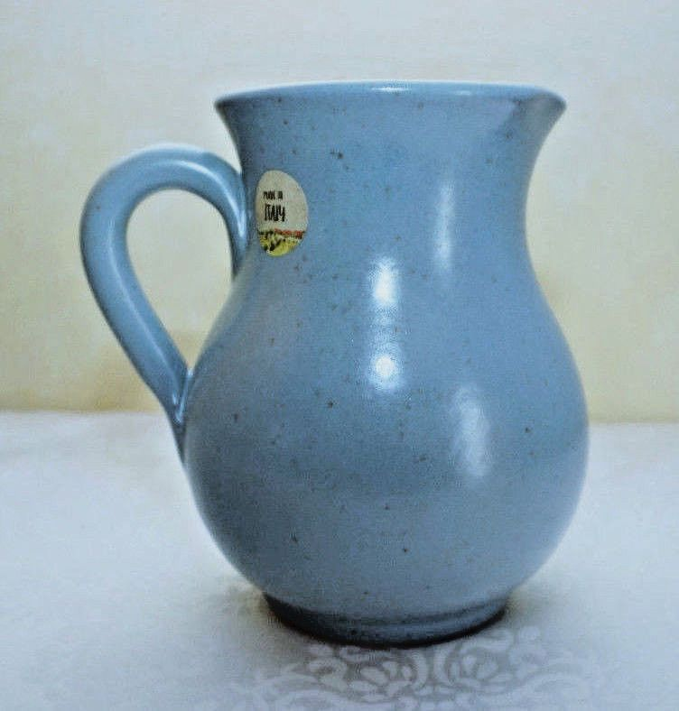 NWT ~TERRACOTTA PITCHER ~ MADE in ITALY~ BLUE w/SPECKLES ~ 40 oz  5 cup CAPACITY
