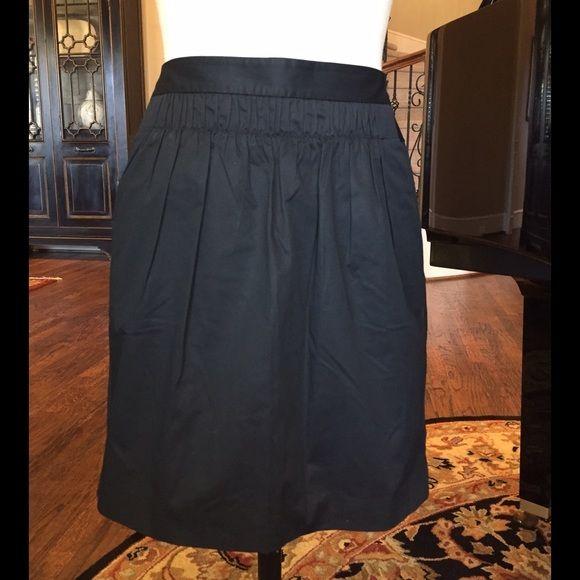 "Black Banana Republic skirt Black Banana Republic skirt. Cotton with elastane. Side zipper and side pockets. Very flattering waistline. 18 1/2 "" in length. Banana Republic Skirts"
