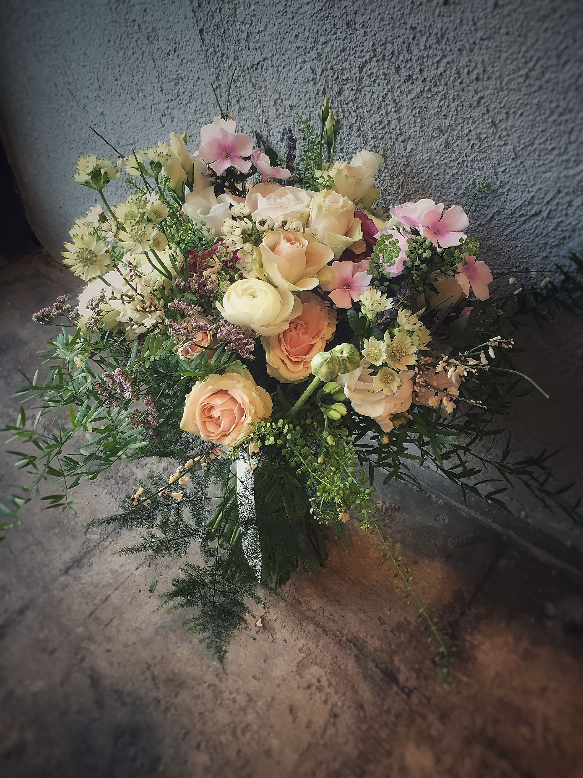 Flowers by shirley garden rose bouquets - Peach Pink Spring Bouquet With Jana Spray Roses Phlox Broom Ranunculus