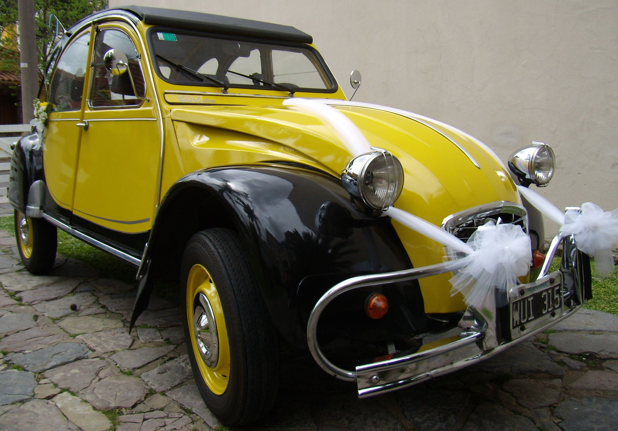 Autos Antiguos Autos Clasicos Autos Coleccion Autos Epoca Citroen 3cv Autos Autos Antiguos