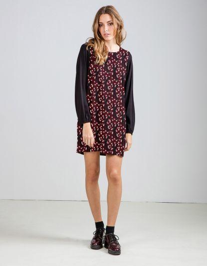 42ea1ba8e Compra online de vestidos de mujer de estilo retro. Amplio catálogo de  diseño Titis Clothing. Envíos y devoluciones gratuitas ¿Conoces nuestra  colección