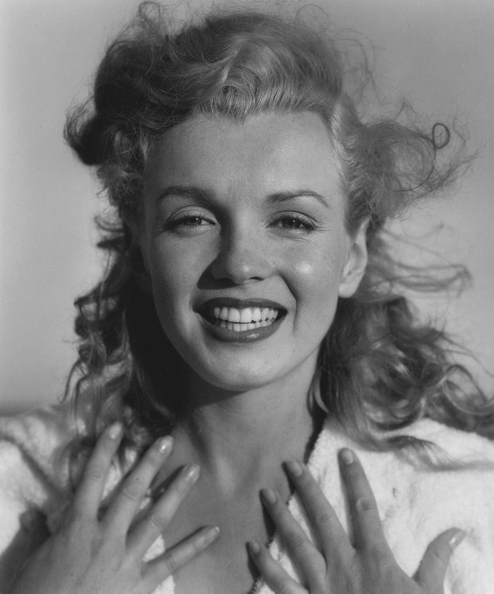 Marilyn Monroe By Andre De Dienes Toby Beach 1949 Morte De