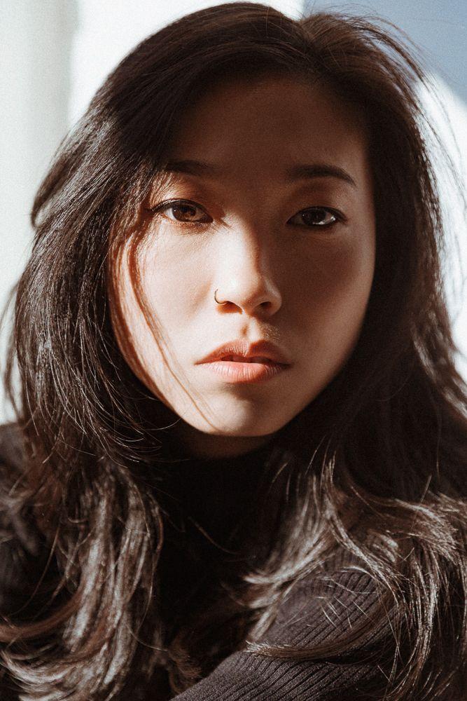Crazy Rich Asians Star Awkwafina On Her Makeup Ess