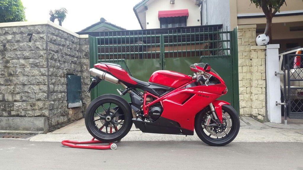JUAL MOGE BEKAS ; Ducati 848 Evo JAKARTA Ducati 848