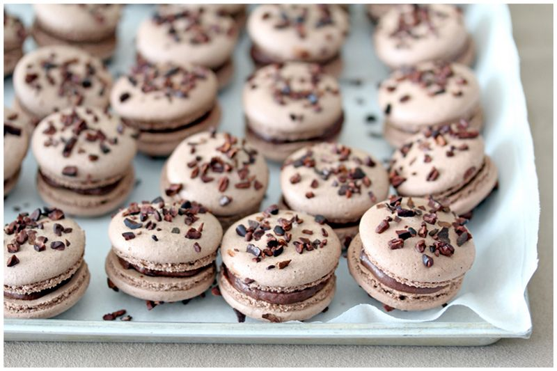 Foodagraphy. By Chelle.: Cocoa nib macarons with earl grey ganache