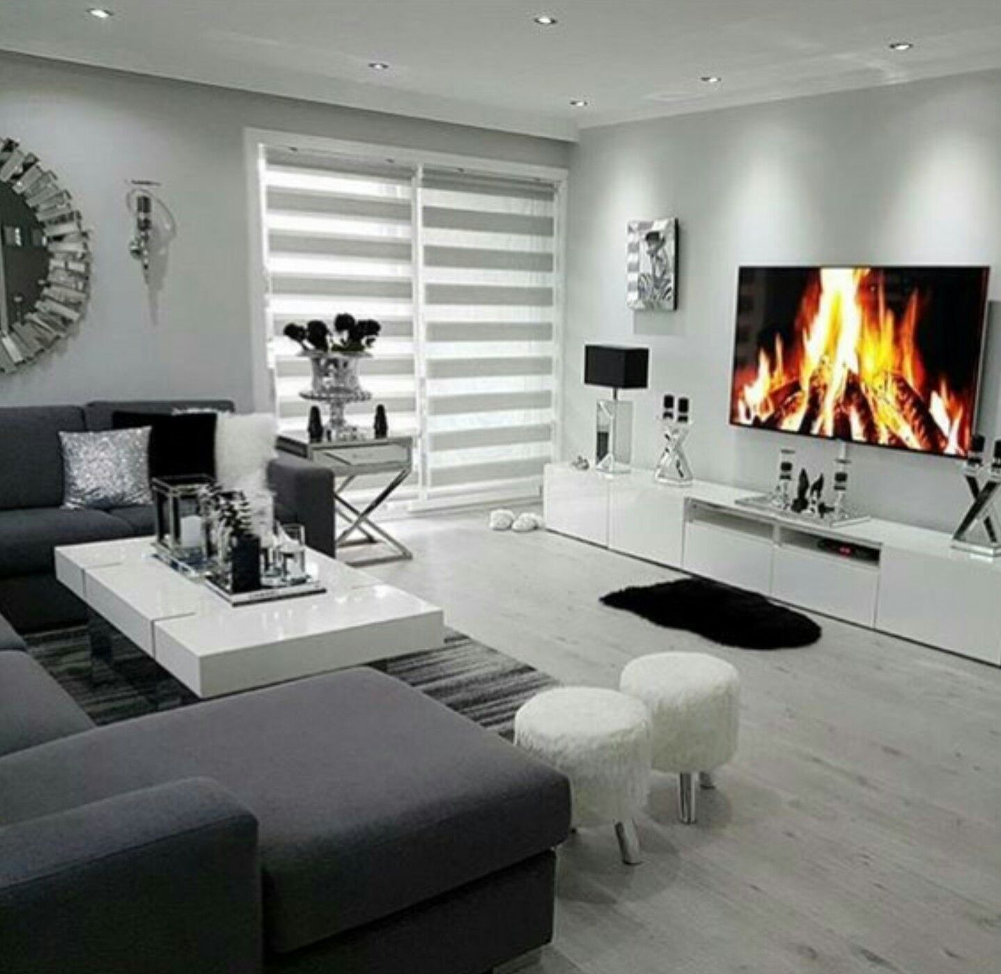family room home ideas wohnzimmer wohnzimmer ideen schlafzimmer schrank. Black Bedroom Furniture Sets. Home Design Ideas