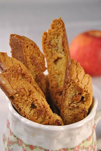 Apple Strudel Biscotti | Give me some....Cookies!! | Pinterest