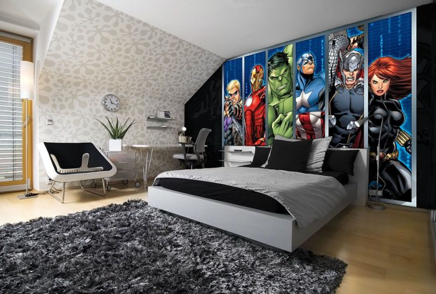 Best Avengers Wall Mural For A Teenage Boy S Room Hawkeye 640 x 480