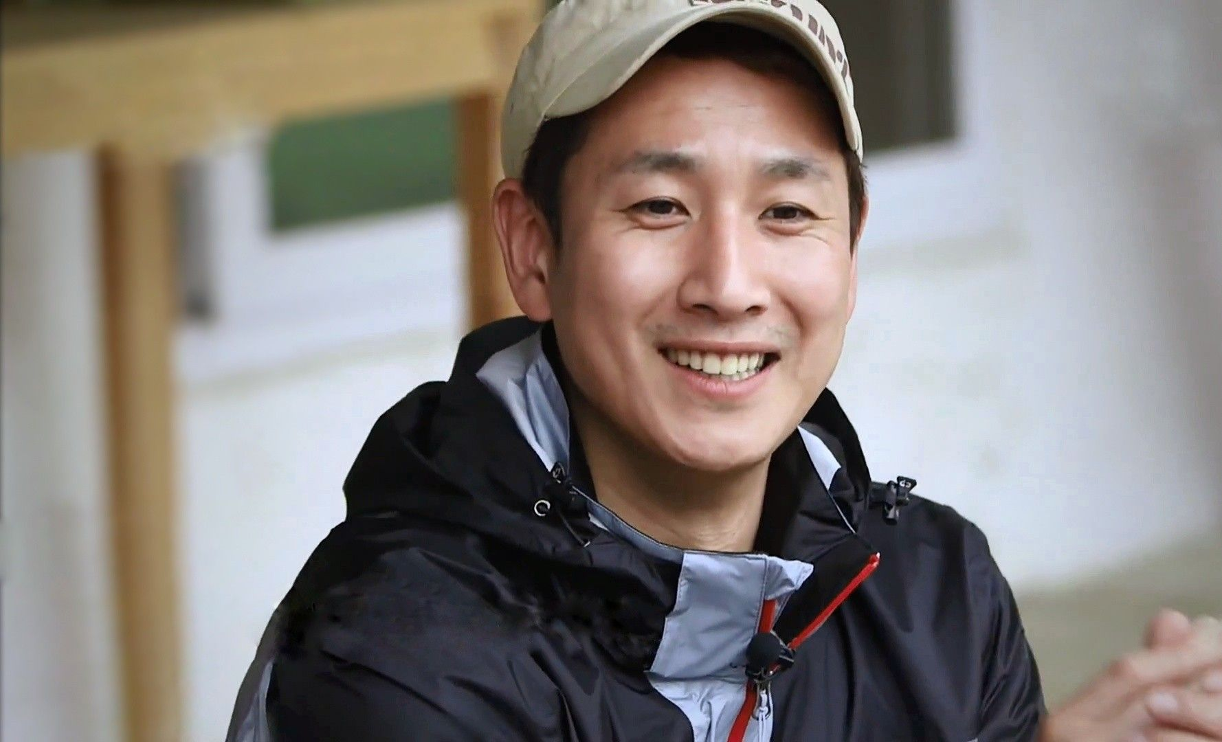 Pin oleh MahakAlaie di 이선균 李善均 Lee Sun kyun