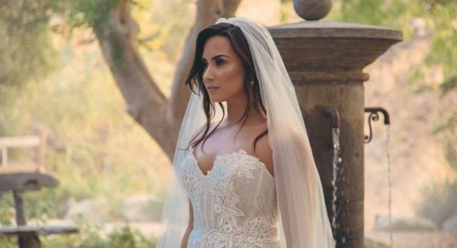 Oh Tell Me You Love Me Demi Lovato Demi Wedding Dresses