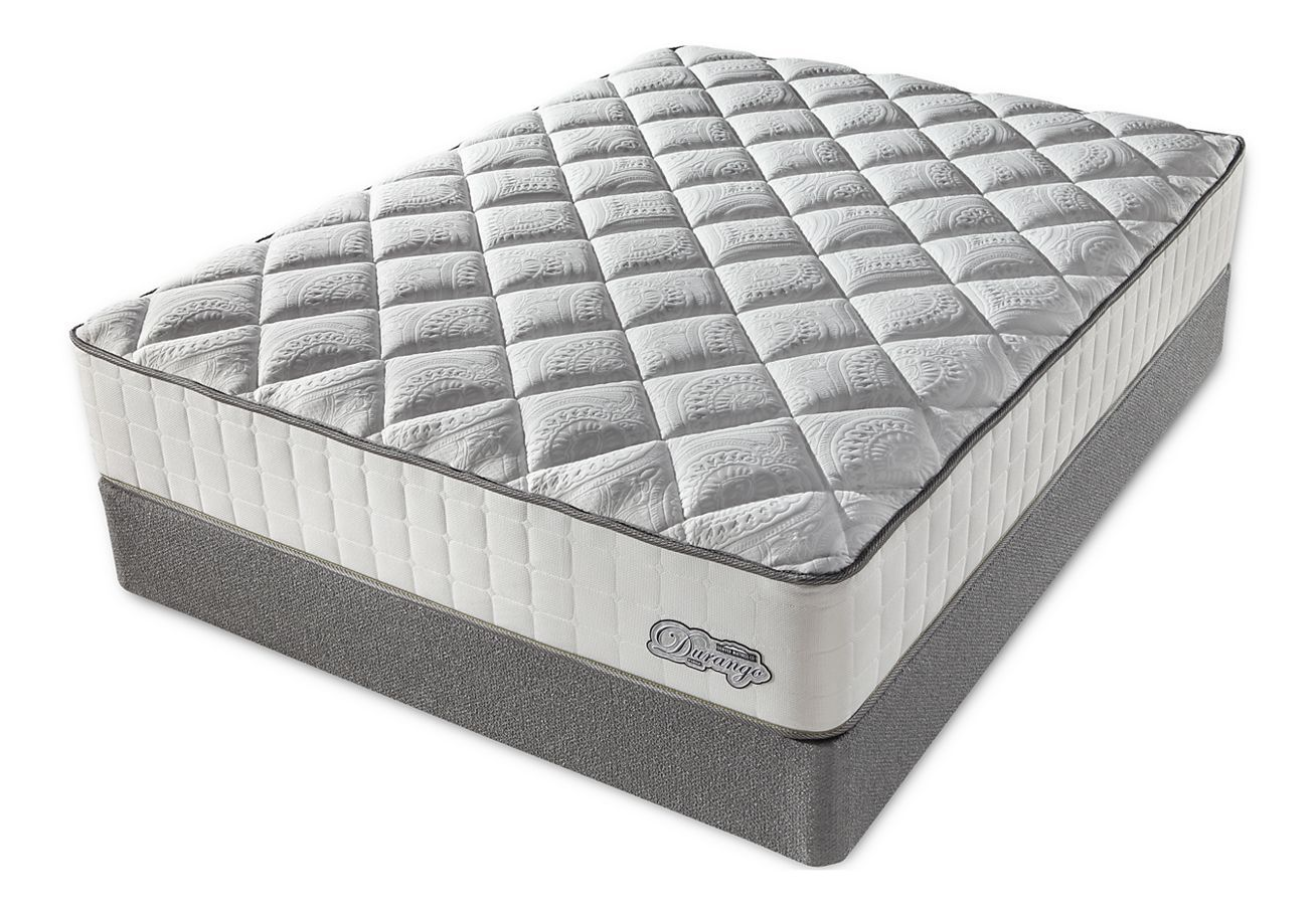 Between Firm Vs Plush Mattress Which One Is Better For Your Back The Information You Find Here Will Help You Understand The Typ Plush Mattress Mattress Plush