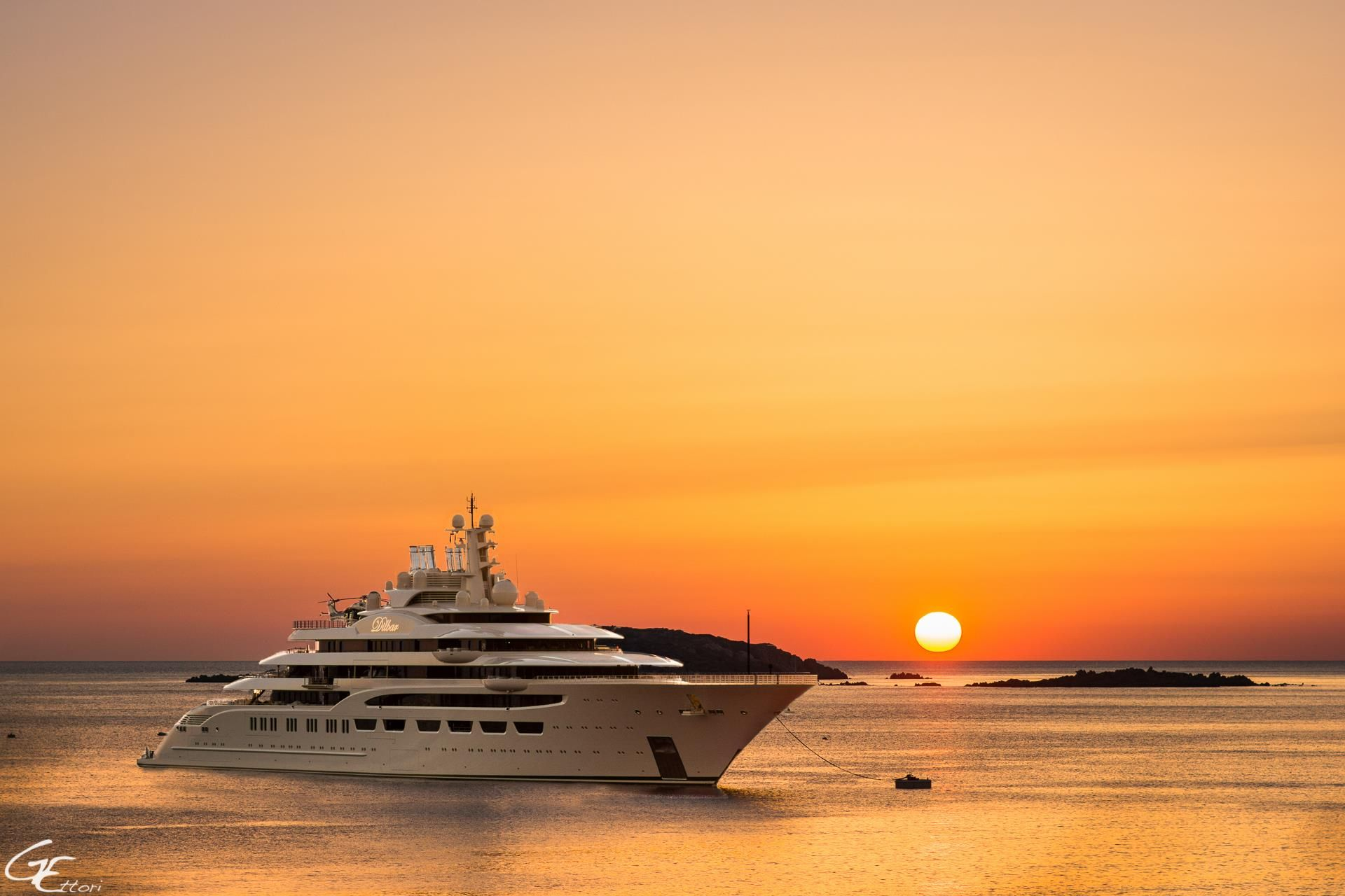 Largest Yacht In The World By Gross Tonnage 156m Dilbar
