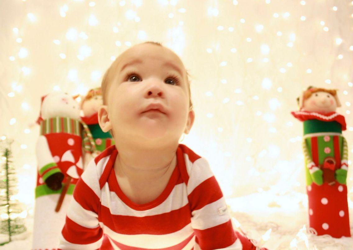 Christmas card photo backdrop