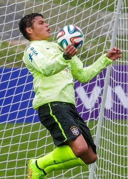 Brazilian Spanish radio commentary of Thiago Silva's 2014 ... |Thiago Silva Footballer 2014