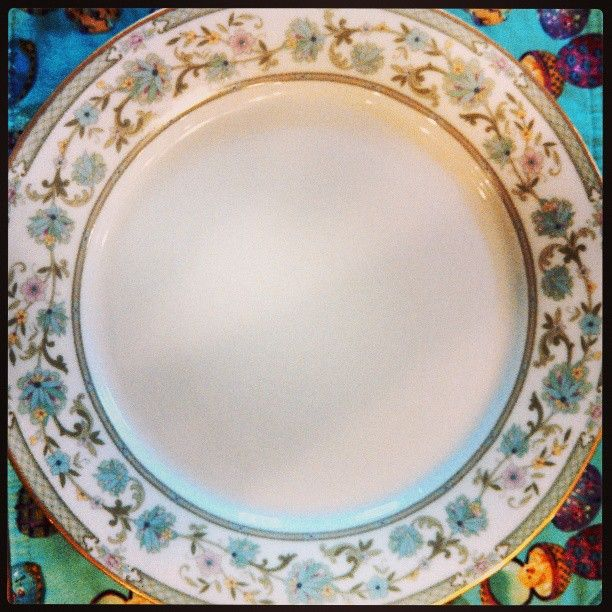 @allpropartyconsultantss photo: Easter China out staff was supplied to serve onto.