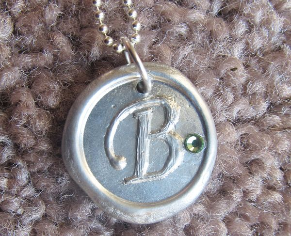 Like Mother, Like Daughter Wax Stamped Pendant review!