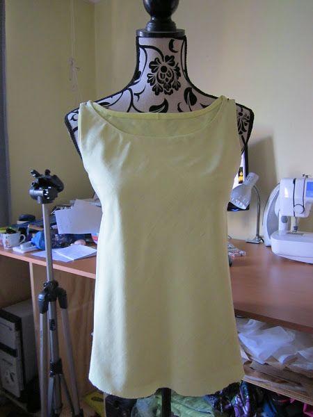 6ecde4e38 Blusa cortada al bies trazado y corte | costuritas | Blusas, Coser ...