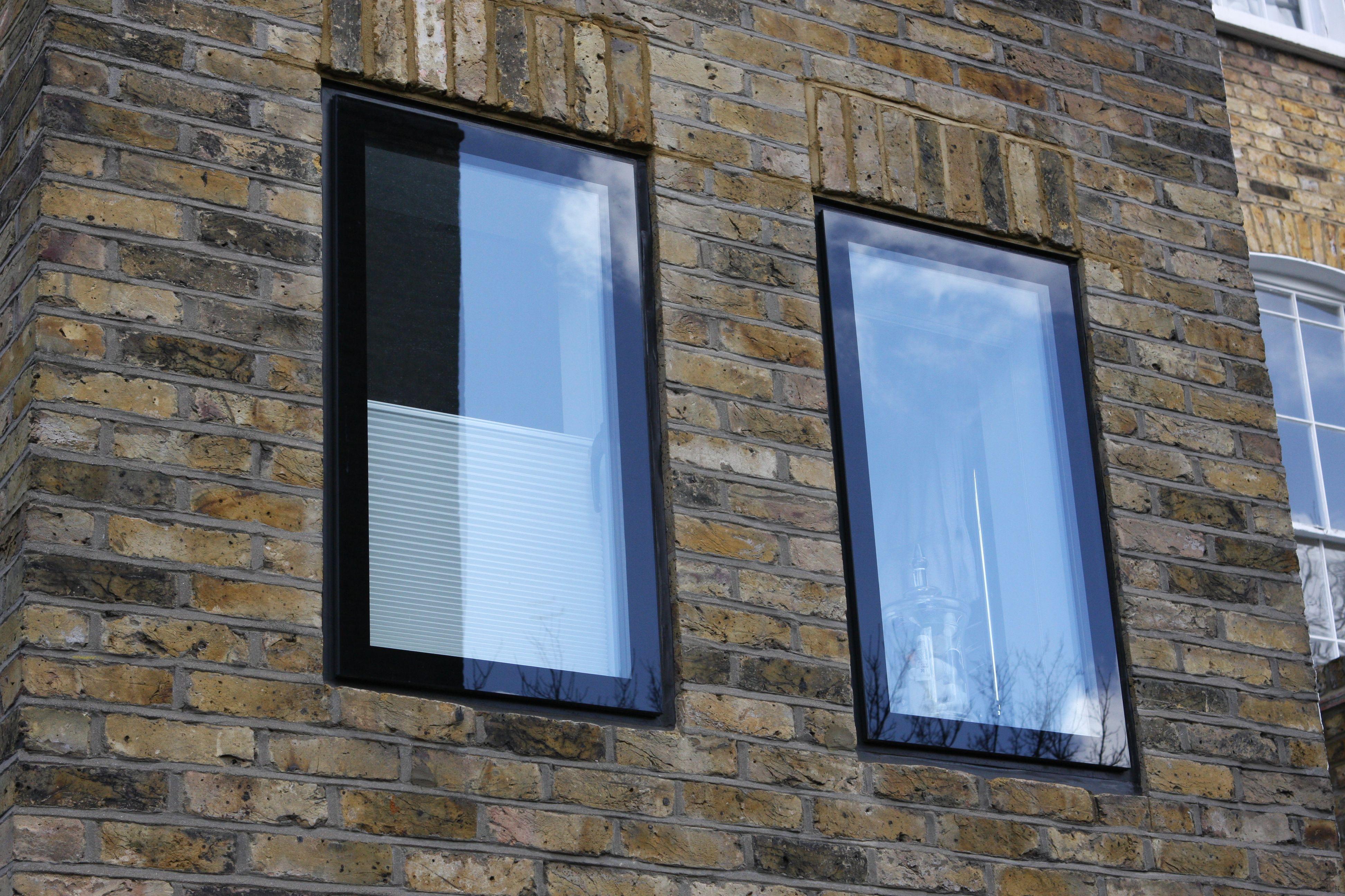 Glass Block Windows And Mixing Block Sizes Ventanas De Bloques De Vidrio Ladrillos De Vidrio Jarron Cuadrado De Cristal