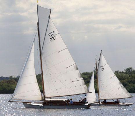 River Cruiser Class - Yacht Information WANDERER
