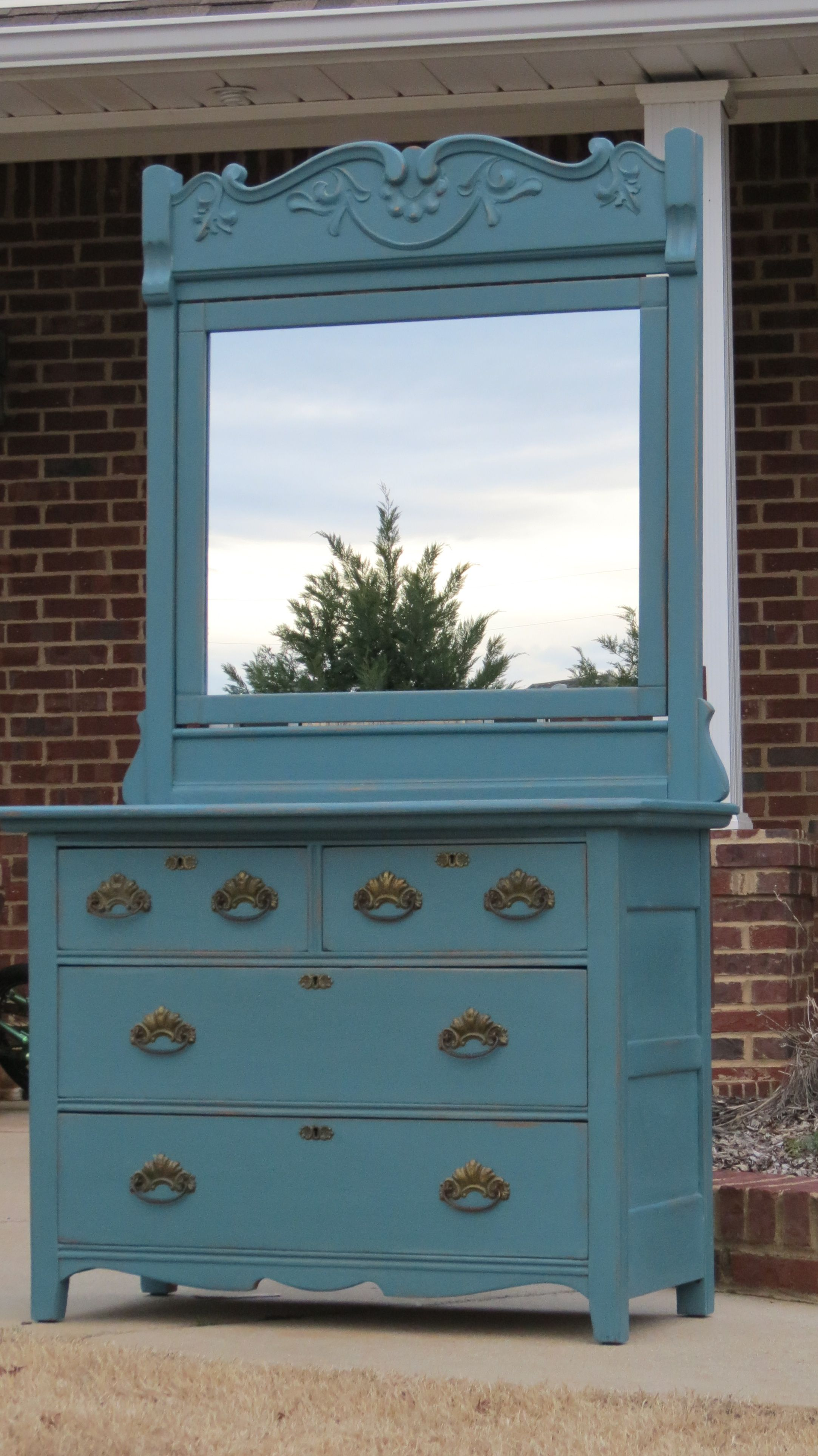 Custom Paint Color Using CeCe Caldwells Maine Harbor Blue And Springhill  Green