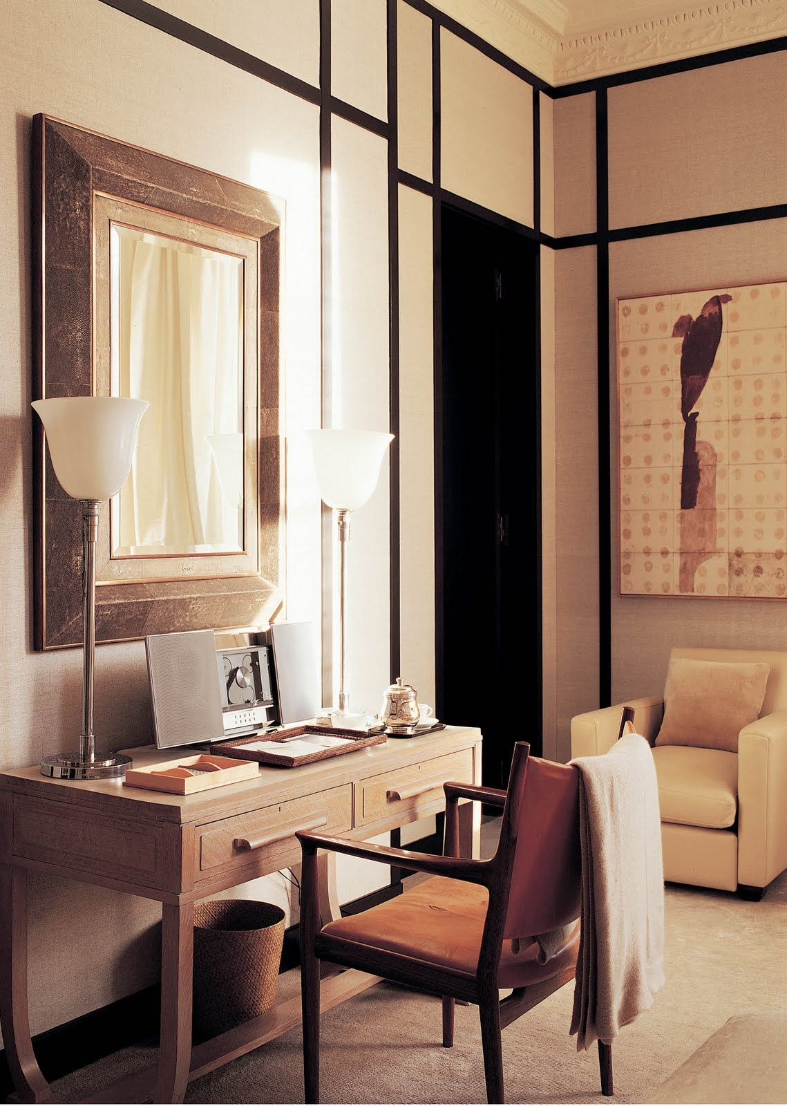 Valentino´s London home, interior design by Jacques Grange. Arm chair by Hans J. Wegner.