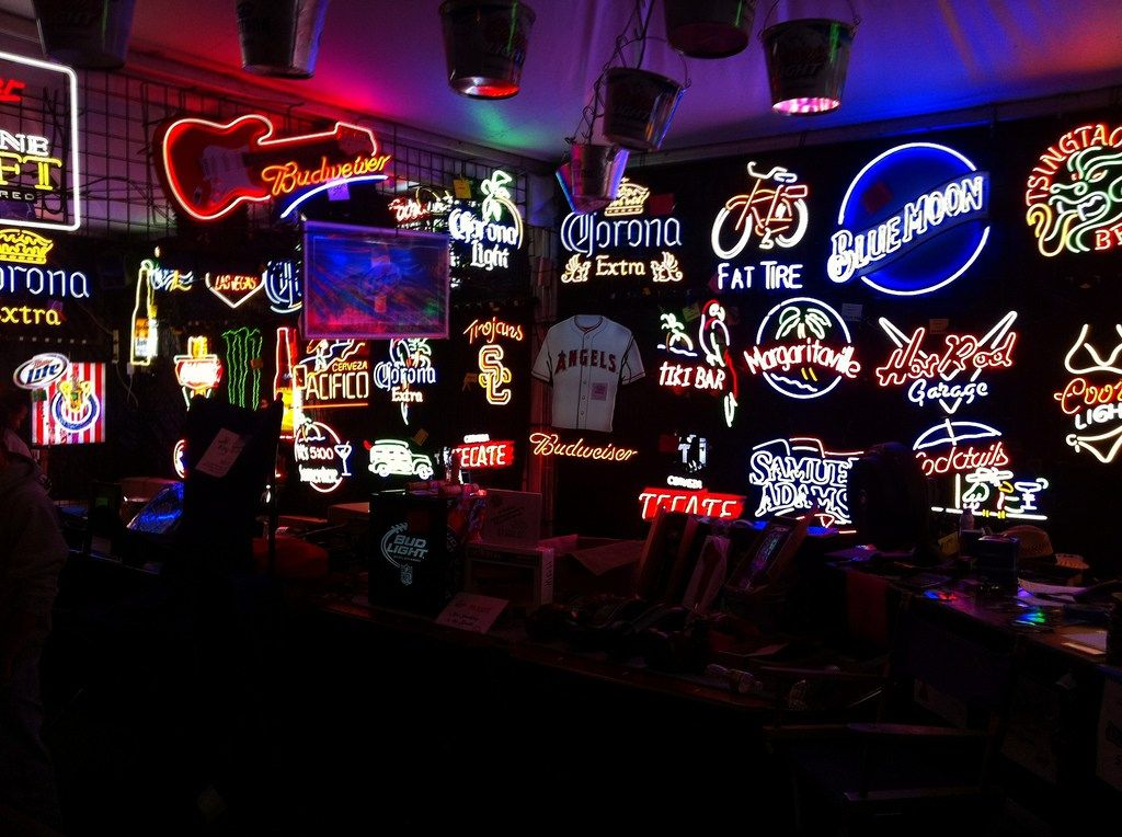 The Coolest Neon Signs For Your Man Cave - Buyers Guide