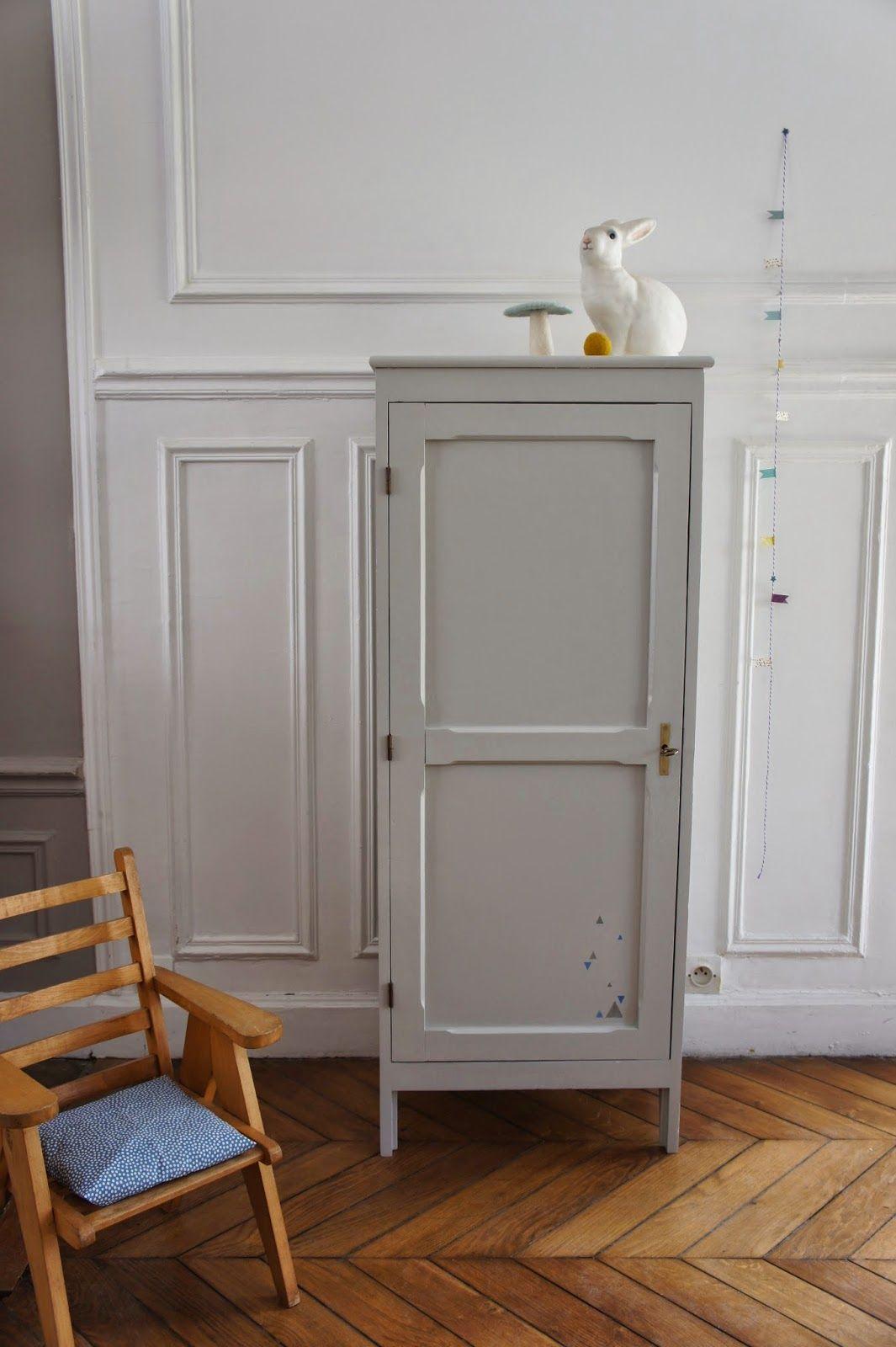 l 39 armoire parisienne de timoth e atelier petit toit mobilier et objets vintage pour enfants. Black Bedroom Furniture Sets. Home Design Ideas