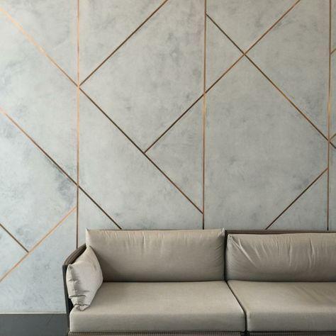 Fliesen verfugen mit Glitzer & Metallic als neuer Trend für geflieste Räume #wohnzimmerideenwandgestaltung