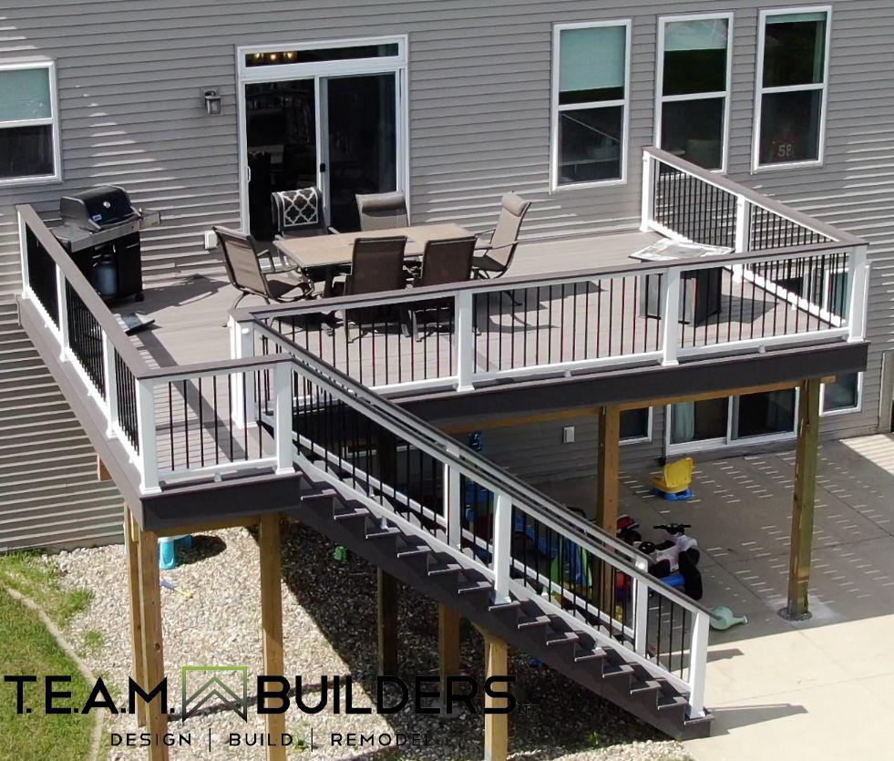Best Deck Stairs Trex Enhanced Rocky Arbor •Picture Frame Azek Dark Hickory • Trex Railing • Azek 640 x 480