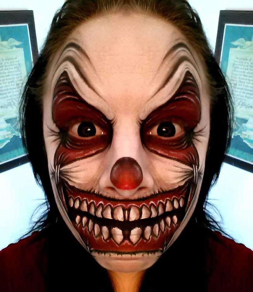 Crazy Halloween Decorations: Face/Body Painting