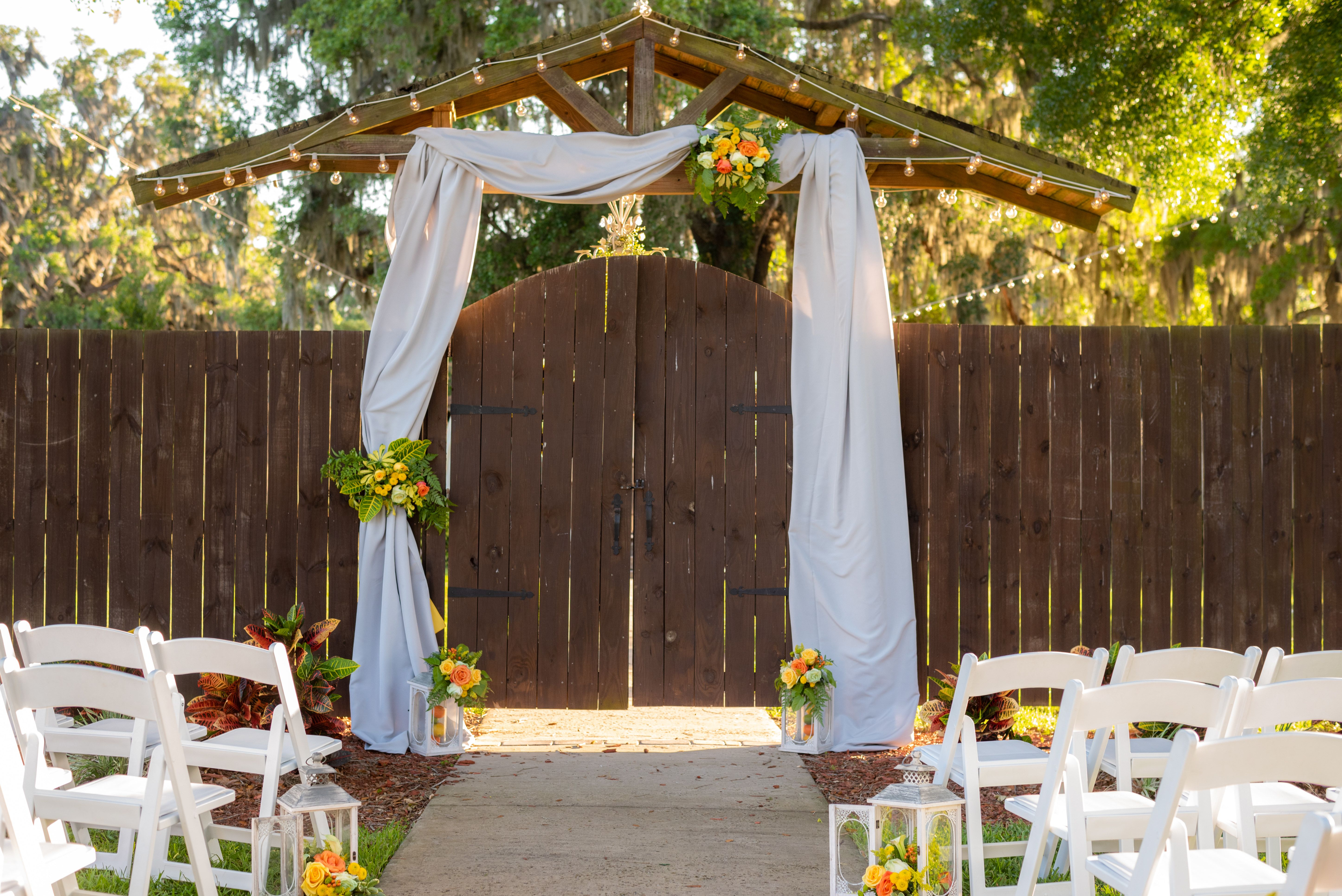 22+ White wedding chairs for rent info