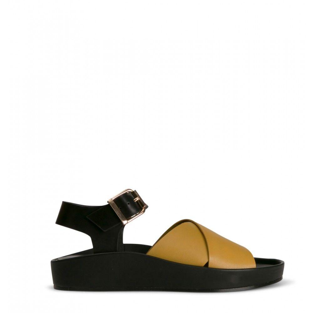 2 Baia Vista Lilac Yellow Black Sandals Shoes