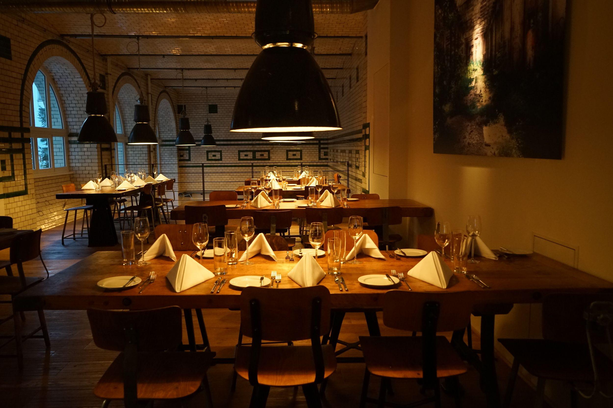 Restaurant Cafe Restaurant Deutsche Kuche Berlin