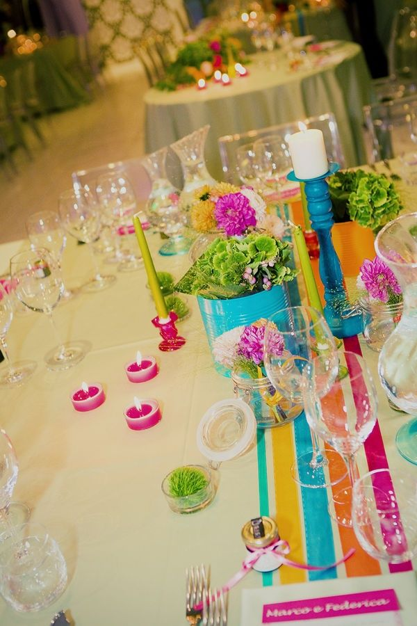 Pin by yesidomariage on la voiture des mari s in 2019 pinterest wedding italy wedding and for Set de table multicolore
