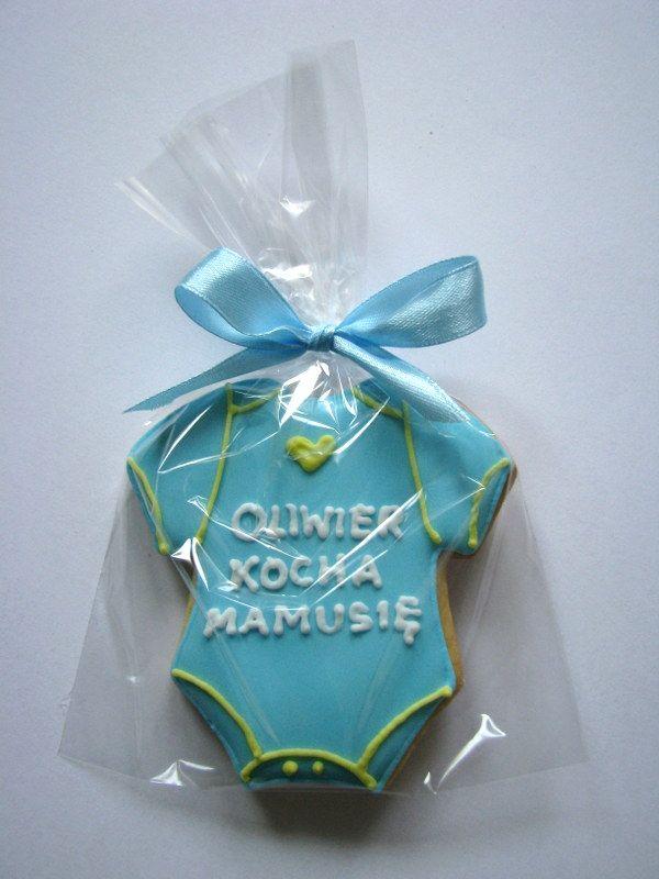Oliwier loves mummy cookie :)