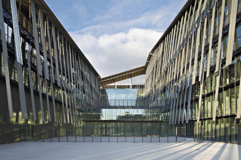 Gallery of Macdonald Public Facility Complex / Kengo Kuma & Associates - 15