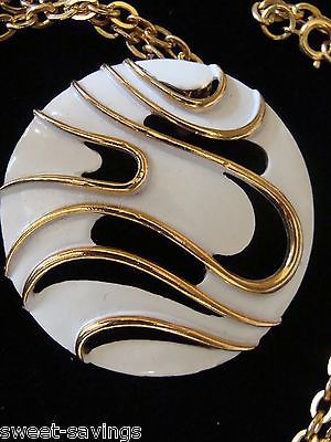 VINTAGE MODERNIST PENDANT NECKLACE SIGNED JJ - WHITE METAL CUT OUT DESIGN