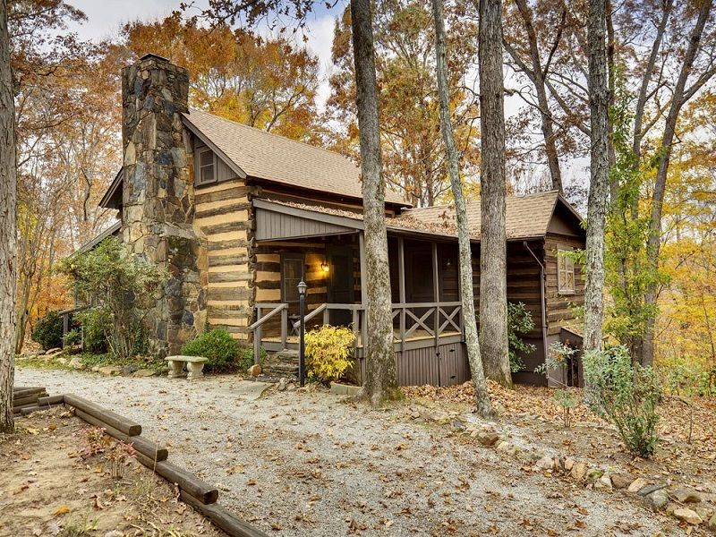 220 Year Old Log Cabin Stunning Interior Log Homes For Sale Small House Swoon Log Homes