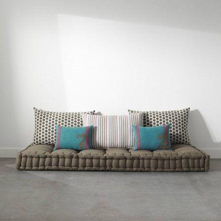 matelas tapissier futon capitonne pour lit banquette sol ou couchage 160 x 190 grand modele detente
