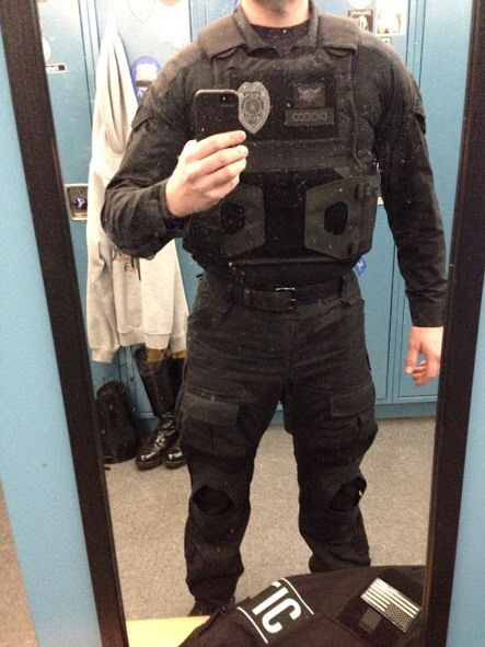 First spear body armor carrier. Tac police officer